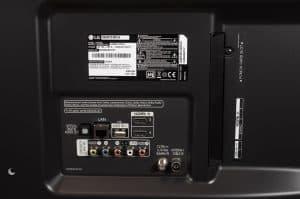Test: LG 55UM7510PLA - Anschlüsse von hinten
